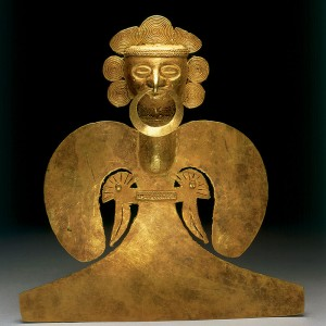 06 Sinu Gold pectoral Shaman with a wings